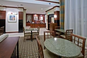 Hotel Staybridge Suites South Bend-university Area