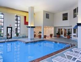 Hotel Baymont Inn Suites Indianapolis Airport