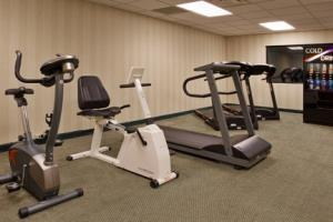 Hotel Holiday Inn Express & Suites Columbus Airport