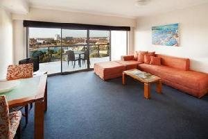 Hotel Seashells Mandurah Apartments