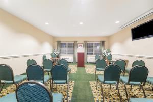 Hotel Hawthorn Suites By Wyndham Addison Galleria