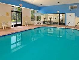 Hotel Baymont Inn & Suites Iowa City / Coralville