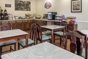 Hotel Baymont Inn & Suites Lakeland
