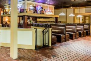 Hotel Ramada Jacksonville - Baymeadows