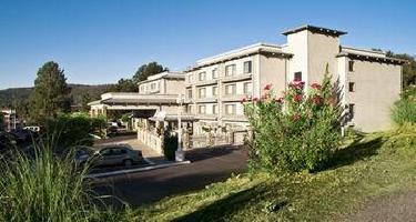 Yosemite Southgate Hotel & Suites