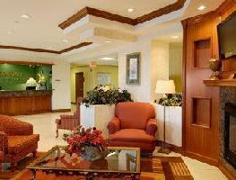 Hotel Baymont Inn & Suites Miami Air