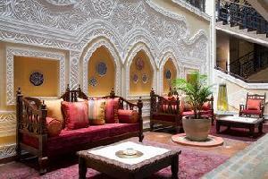 Hotel The Heron Portico