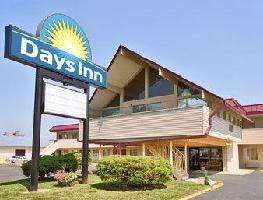 Hotel Days Inn - Iowa City Coralville