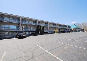 Hotel Quality Inn Groton