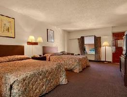 Hotel Howard Johnson Inn Marietta