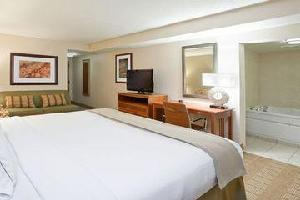 Hotel Holiday Inn Express & Suites I