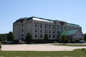 Hotel Hampton Inn Cleveland-airport-
