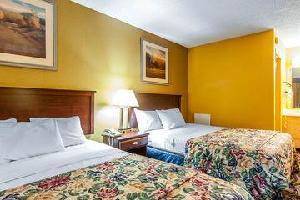Hotel Rodeway Inn Calhoun