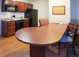 Hotel Candlewood Suites Madison - Fi