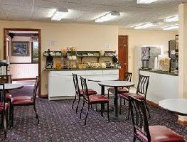 Hotel Super 8 Macknaw City/beachfront Area