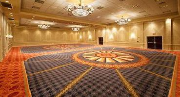 Virginia Crossings Hotel & Conference Center, Tapestry Collection By Hilton
