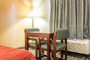 Hotel Econo Lodge Inn & Suites Marietta