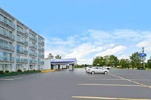 Hotel Americas Best Value Inn And Suites Benton Harbor
