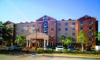 Hotel Holiday Inn Express & Suites O