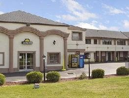 Hotel Days Inn Levittown Bristol