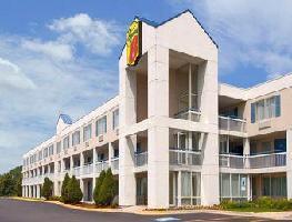 Hotel Super 8 Willowbrook