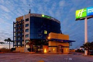 Hotel Holiday Inn Express Nuevo Laredo, Tamps