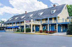 Hotel Clarion Inn Historic Strasburg Inn
