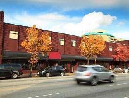 Howard Johnson North Burnabys Boutique Hotel
