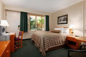 Hotel Travelodge Winnipeg East
