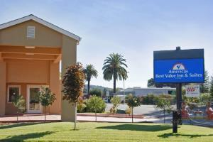 Hotel Americas Best Value Inn & Suites - Healdsburg