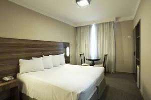 Ramada Hotel & Suites Americana