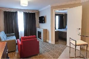 Sandman Hotel & Suites Abbotsford - 1 Bdrm Ste With Kitchen (1 King)