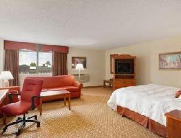 Hotel Baymont Inn & Suites Warren MI