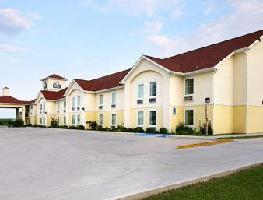 Hotel Days Inn And Suites Bayou Land