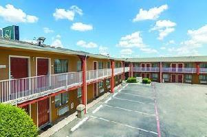 Hotel Quality Inn & Suites Six Flags Area