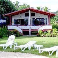 Hotel Aroa Beachside Inn