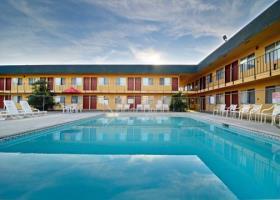 Hotel Econo Lodge Inn & Suites I-5 At Rt. 58