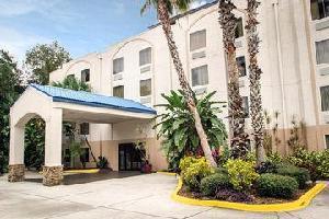 Hotel Sleep Inn & Suites Riverfront