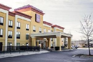 Hotel Comfort Suites Clayton