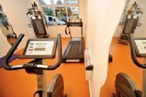 Hotel Park And Suites Confort Lyon Vaise Saint-cyr
