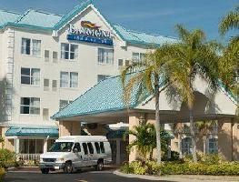 Hotel Baymont Inn & Suites Fort Myers Airport
