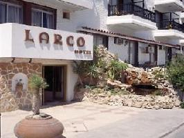 Hotel Larco Apartments
