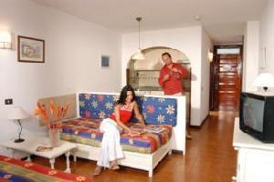 Hotel Apartamentos Hacienda Del Sol