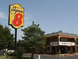 Hotel Super 8 Tulsa East