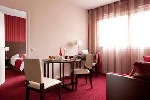 Hotel Operalia Grenoble Les Cedres