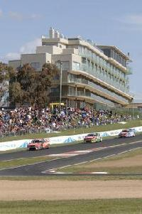 Hotel Rydges Mount Panorama