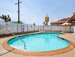 Hotel Super 8 Yucca Val/joshua Tree Nat Pk Area