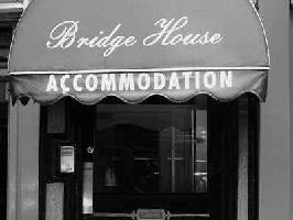Hotel Bridge House