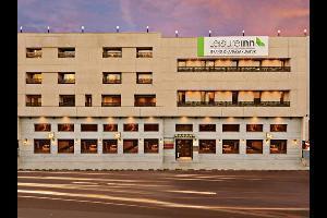 Hotel Leisure Inn Grand Chanakya