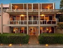 Hotel Bay Breeze Boutique Accommodation